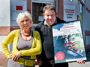Der Chef STOFFEL: Michi Herl, Assistent: Petra Gismann
