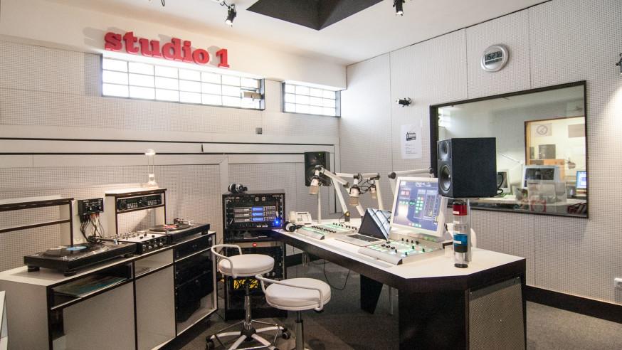 VirusMusikRadio sucht junge Redakteure/innen