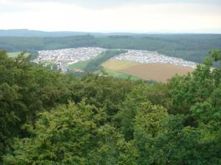 Blick von der Burg Herzberg auf´s Festival