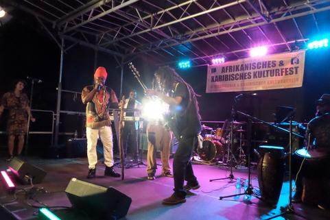 BLACK PROPHET - Tolle Reise durch die Zeit des politischen Reggae !