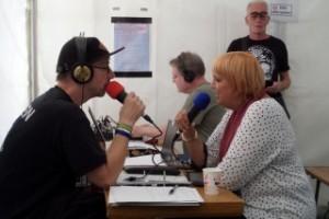 Sepp´l im backstage Interview mit Claudia Roth (Die Grünen)