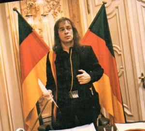 Perfect Deal für die Menschheit: Udo goes Bundeskanzler